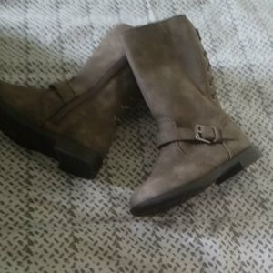NWT Girls boots